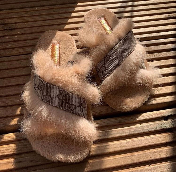 GG Slippers Beige