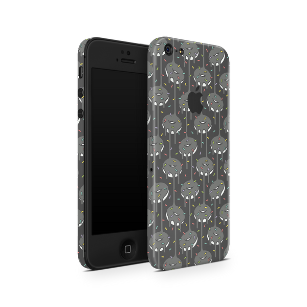iPhone 5/5S/SE Skin (Black Donut)