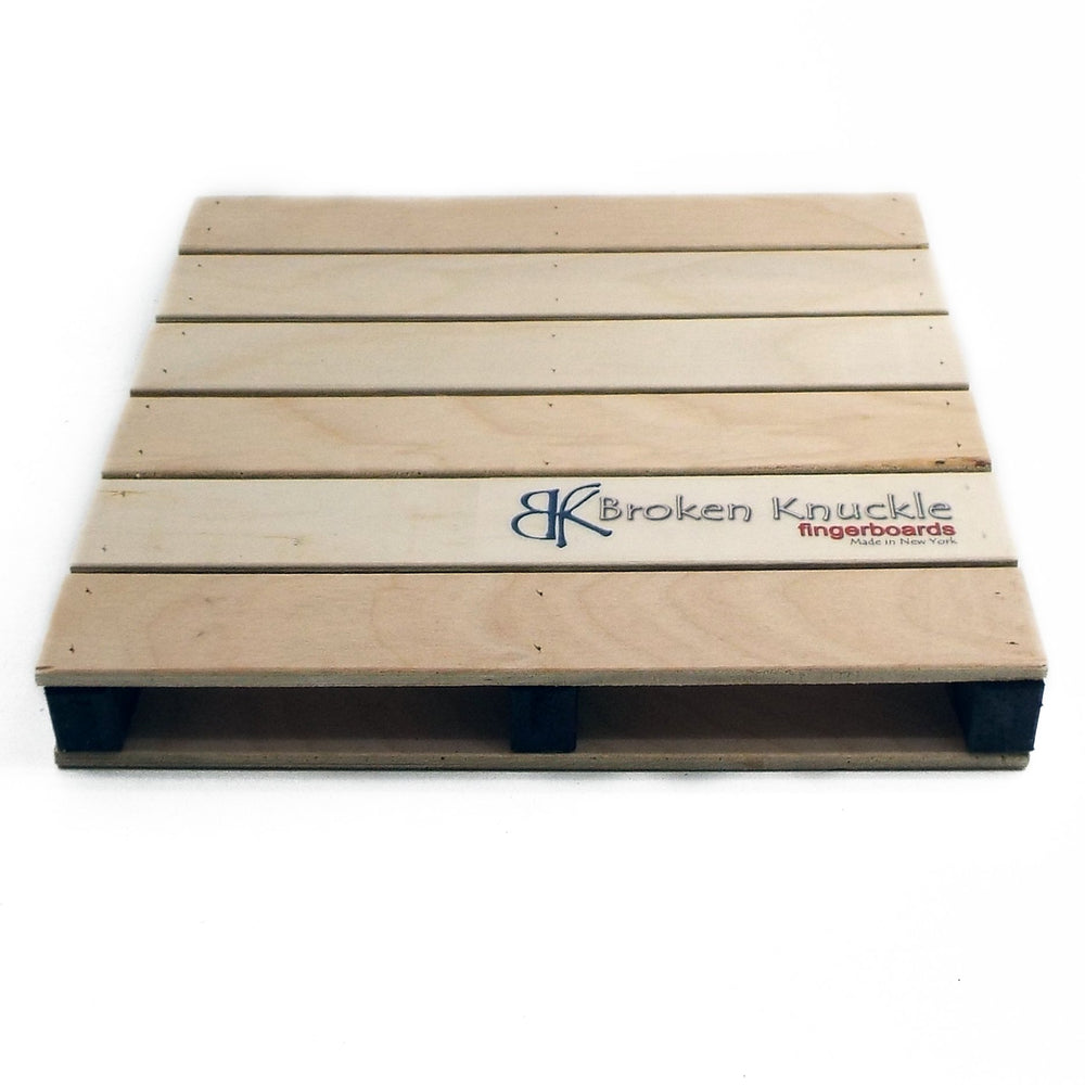 BKF  Scaled Pallet Ramp - Black