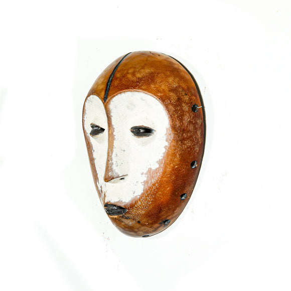 Small decorative Pende Mask