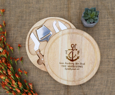 Love Anchors the Soul Circular Cheese Board