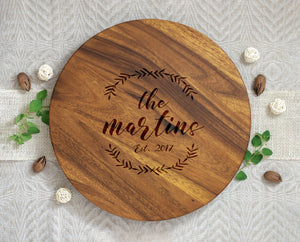 Last Name Lazy Susan with Wreath