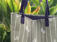 Load image into Gallery viewer, La'i Tote bag