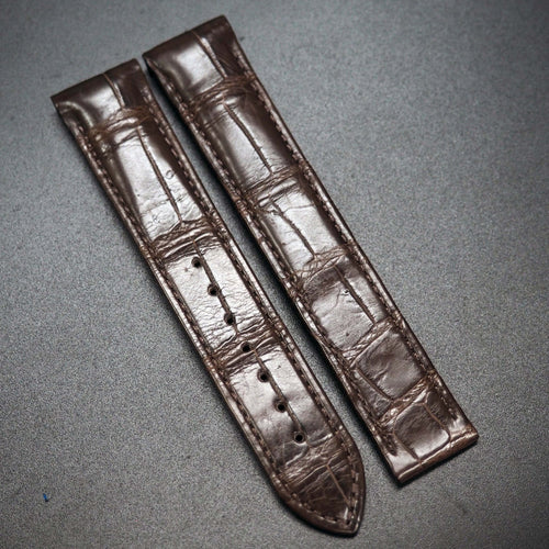 Brown Alligator Leather Watch Strap w/ Curved Ends