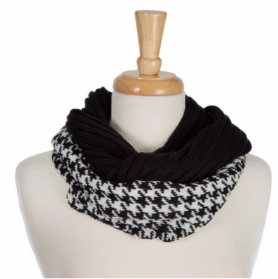 C.C. Houndstooth Ribbed Scarf