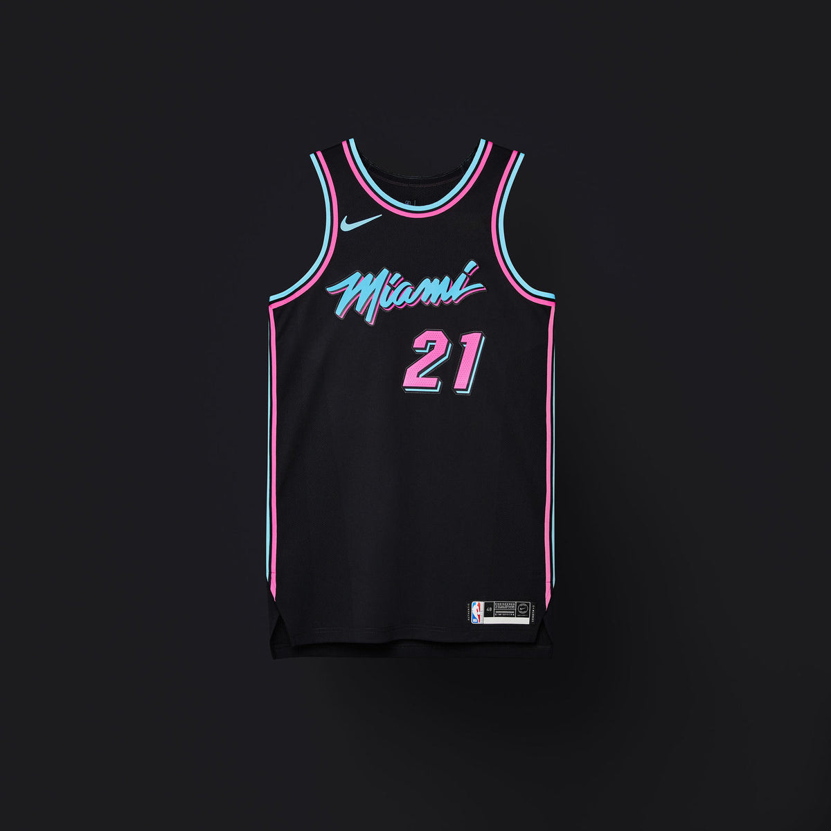 brand new 55d14 384c3 Miami Heat – Jersey Clutch