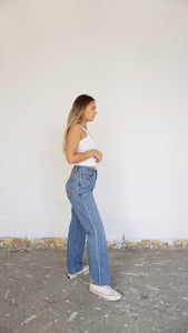 Tailored Vintage Levi's 505 - size 26