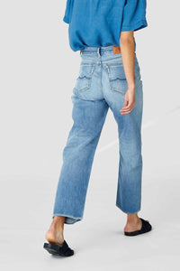 Alice Cropped