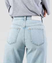 Load image into Gallery viewer, Organic Selvedge Baggy Jean
