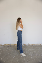 Load image into Gallery viewer, Tailored Vintage Rustler Jeans - size 26