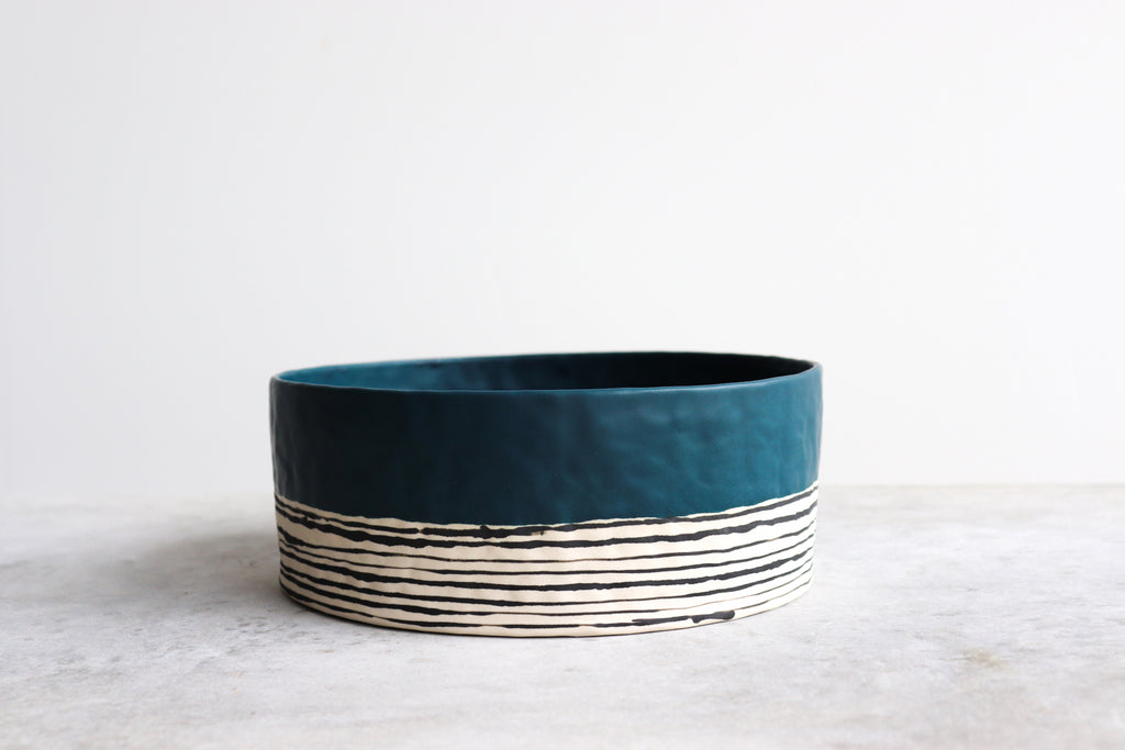 Pinched Serving Bowl - Deep Ocean