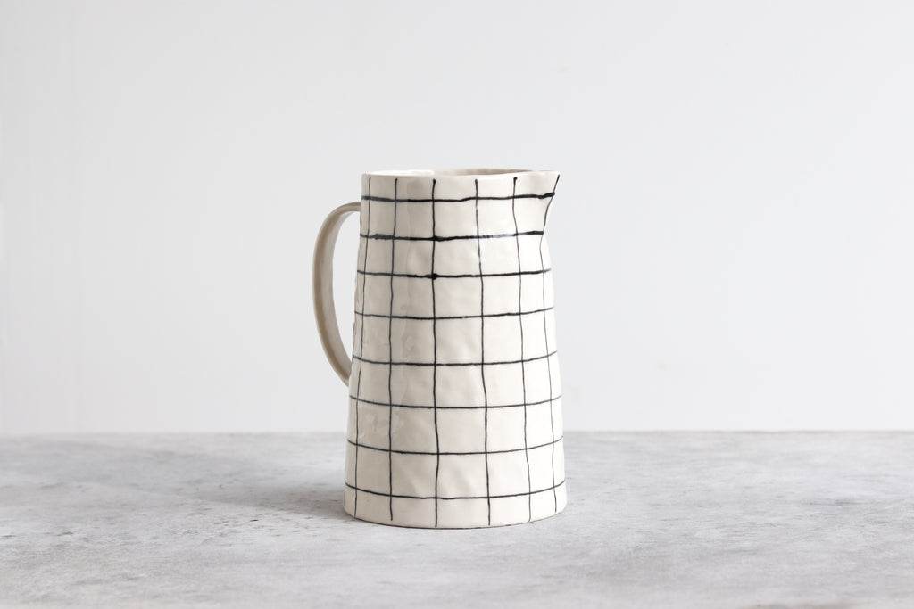 Pinched Pitcher - Grid