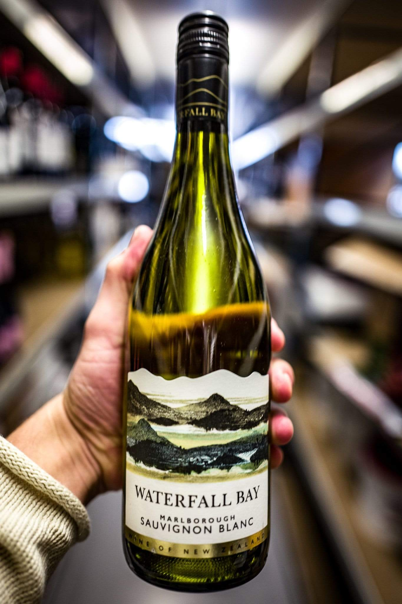 Waterfall Bay Sauvignon 2016