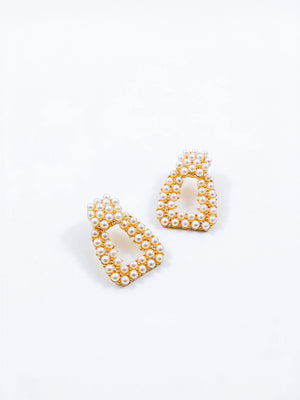 Dana Pearl Earrings