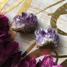 Load image into Gallery viewer, Amethyst Quartz Crystal