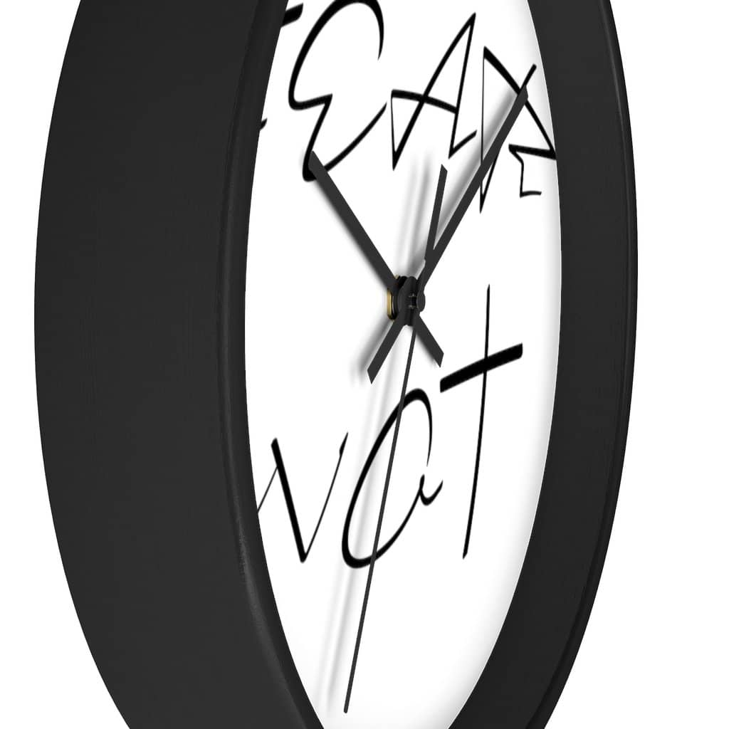 "Wall clock ""Fear Not"" in 2 Frame Colors and 2 Hand Colors (4394316628062)"