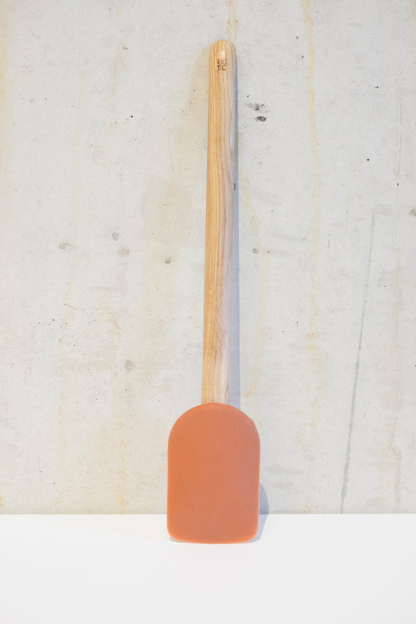 Light Oak pastry spatula - 28,5cm