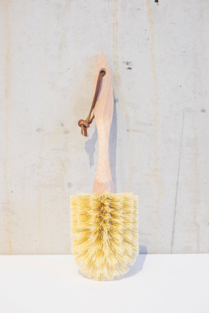 Wooden dish brush with Tampico fibre - 26,5cm