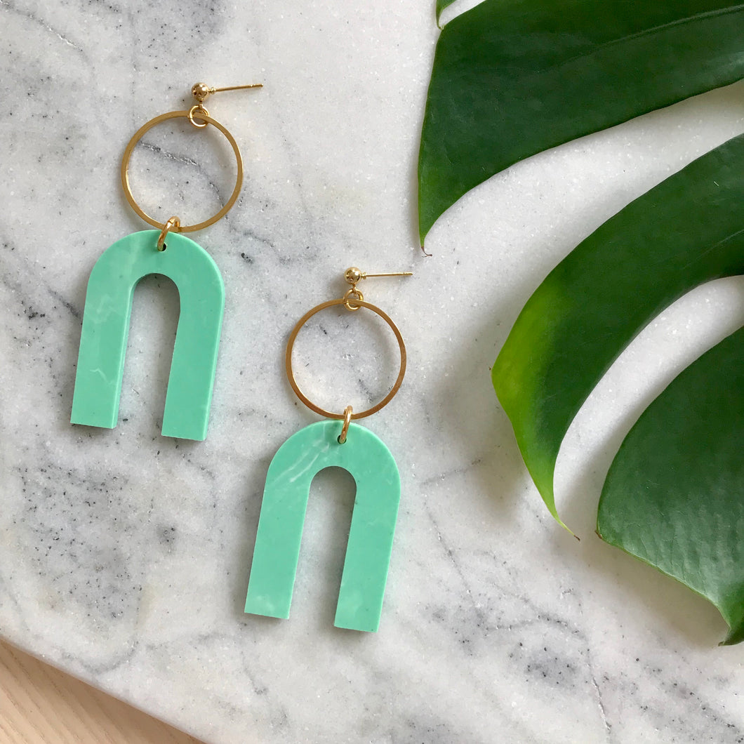 Magneto Earrings (L)- Jade Green Marble