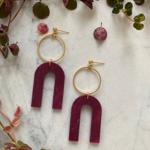 Magneto Earrings (L)- Berry