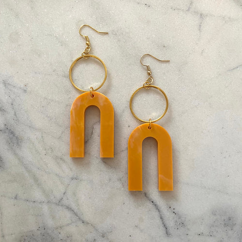 Magneto Earrings(L)- Turmeric