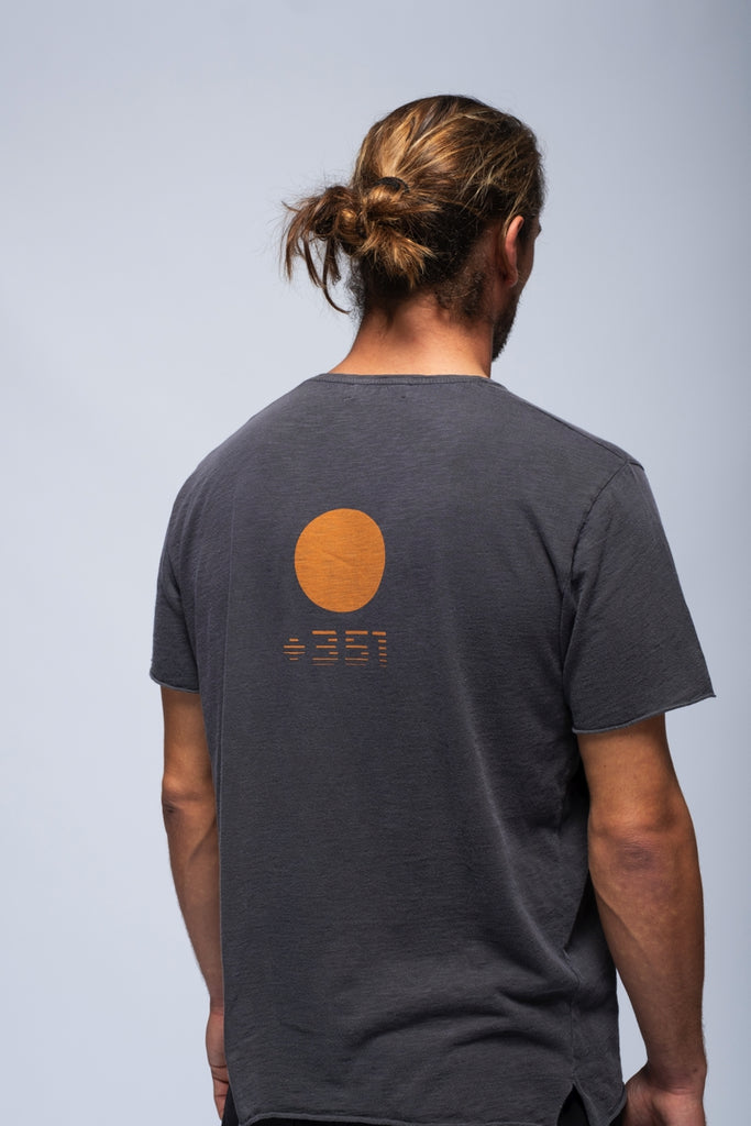 T-SHIRT RUSTIC SUN GRAPHITE FADE OUT