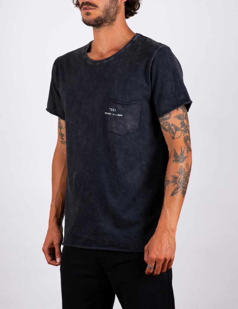 T-SHIRT ESSENTIAL  BLACK FADE OUT