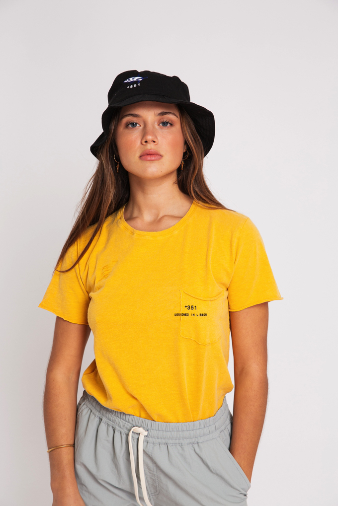 T-SHIRT ESSENTIAL STONED YELLOW