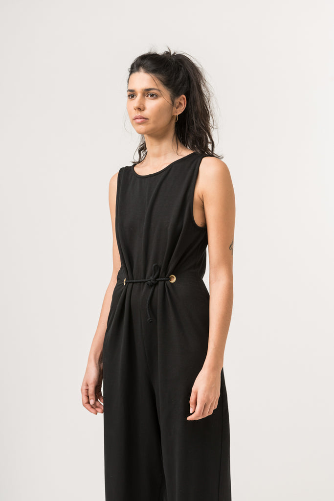 JUMPSUIT DEEP V NECK BLACK
