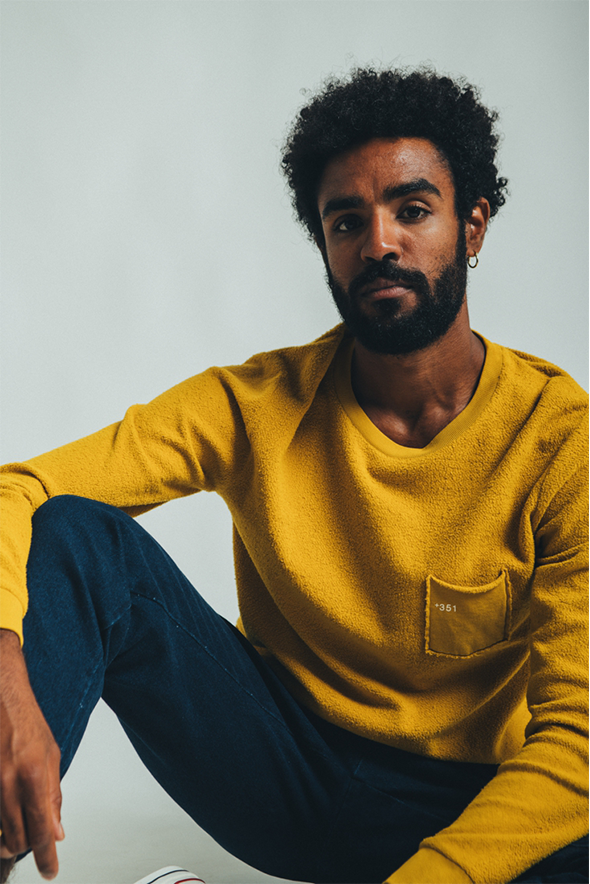 SWEATSHIRT COZY ESSENTIAL MUSTARD