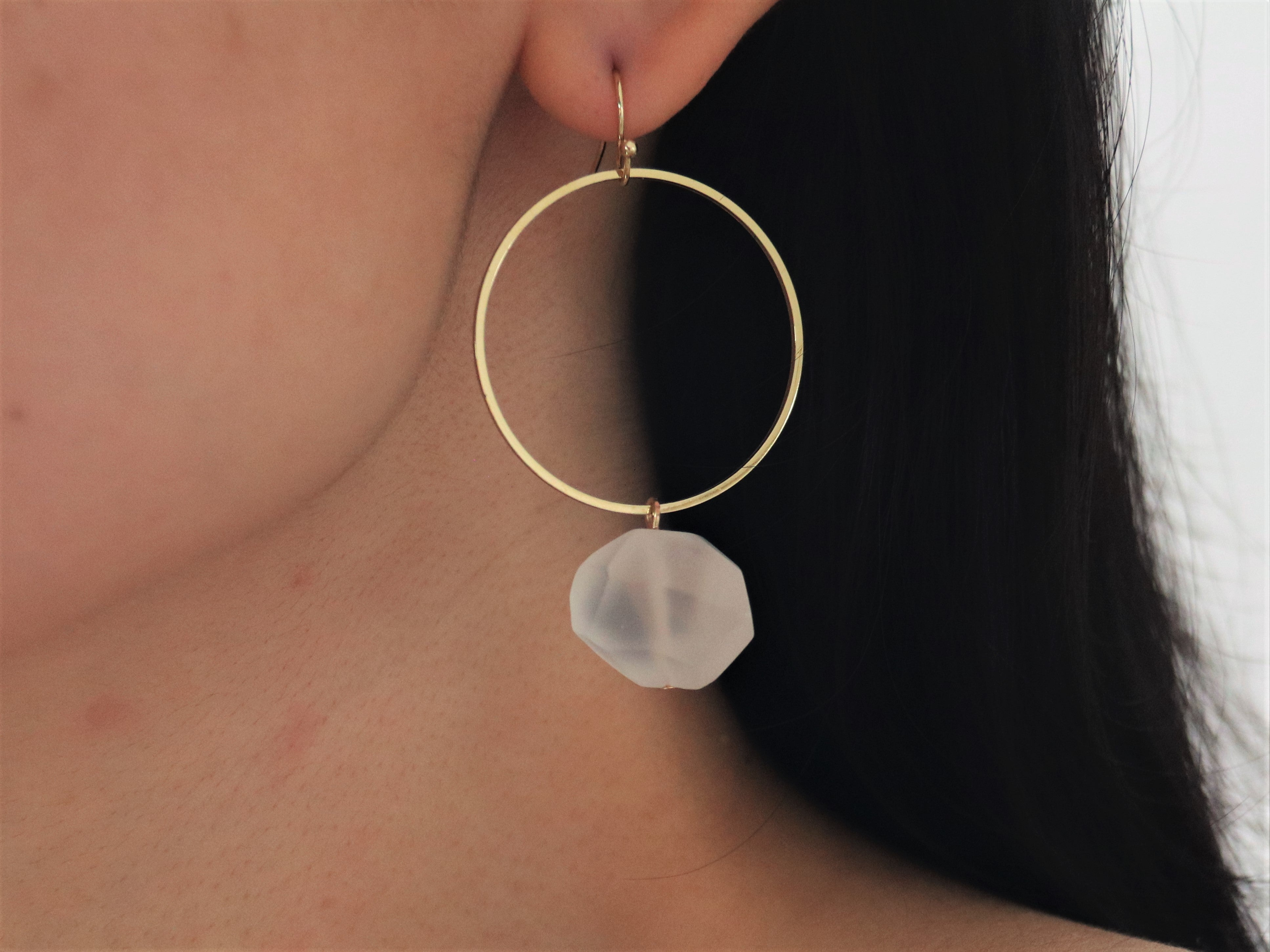 Gemmy Earrings [White Quartz]