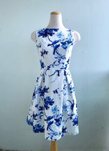 Load image into Gallery viewer, Billie Dress Bird Print Cotton Sateen