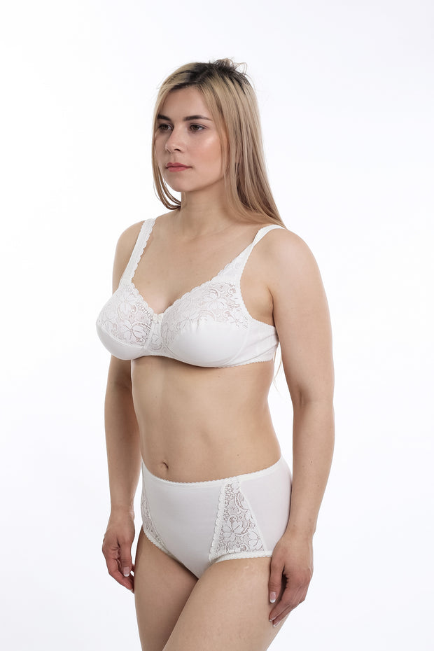 Soft-Cup, Wire-Free lace Bra Sandra