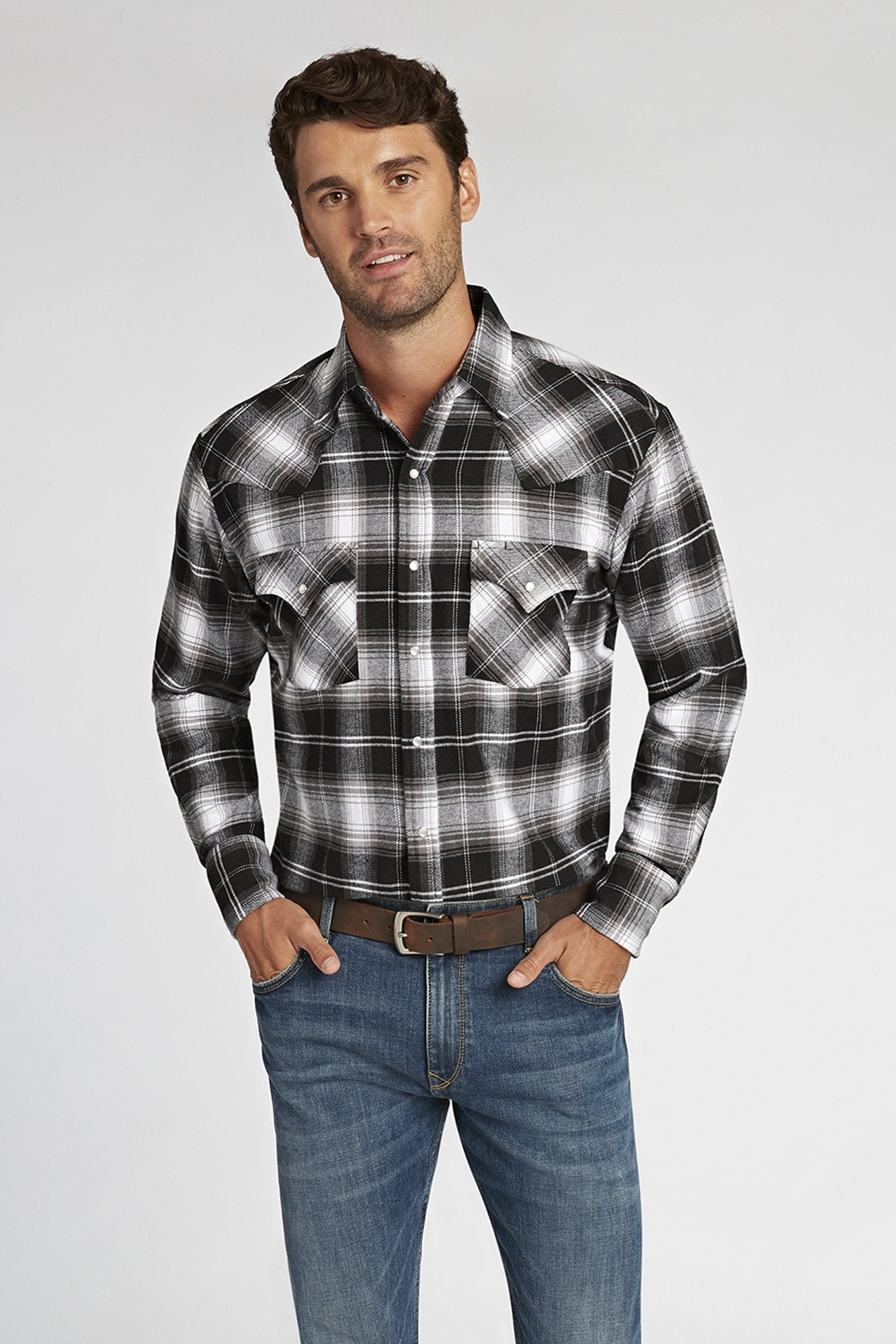 Long Sleeve Brawny Flannel Shirt in Black Plaid | Ely Cattleman
