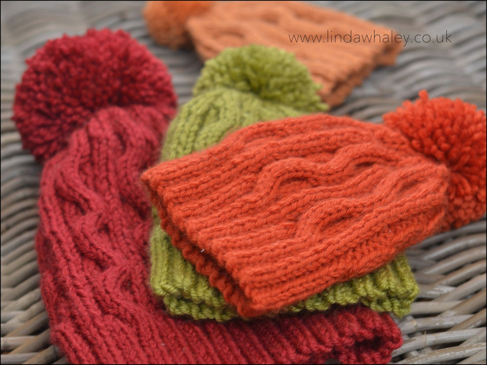 AUTUMN BOBBLE HAT