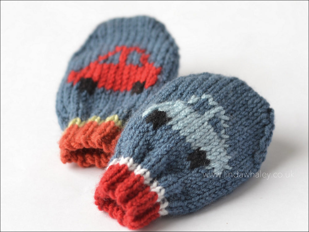 LITTLE CARS BABY MITTENS