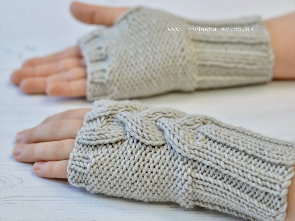 NYSA FINGERLESS MITTS
