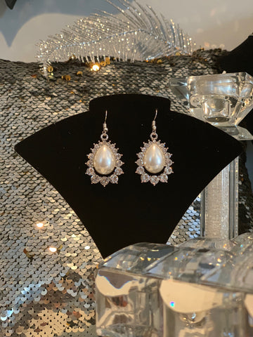 "Dawn Pearl Earring - ""Dawn Shrel Elegance"" Collection"