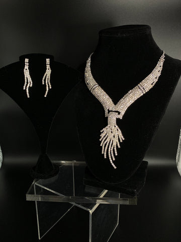 Régine Bridal Necklace Set