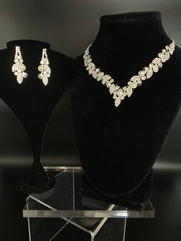 Kourtney Bridal Necklace Set