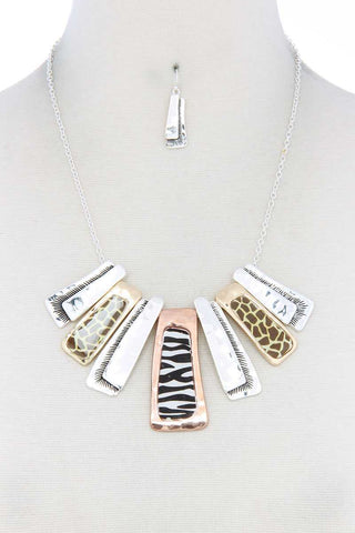 Animal Pattern Rectangular Necklace - Kendalls Deals
