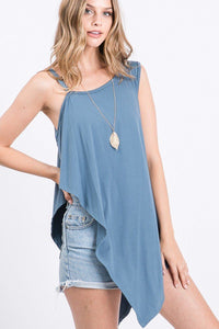 Solid Knit Top Is Fearing A Round Neckline And Side Hi-low - Kendalls Deals
