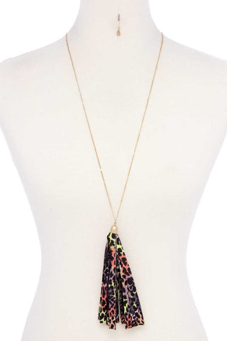 Animal Print Pattern Tassel Necklace