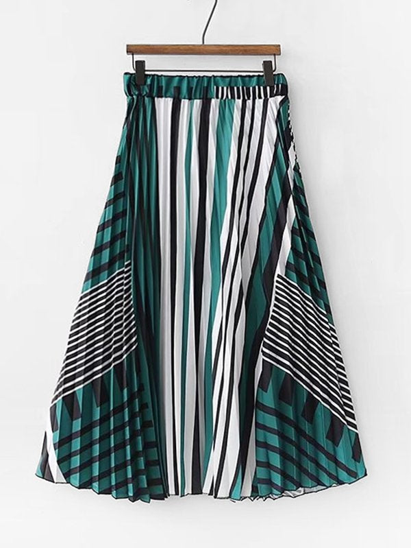 Abstract Striped Pleated Skirt