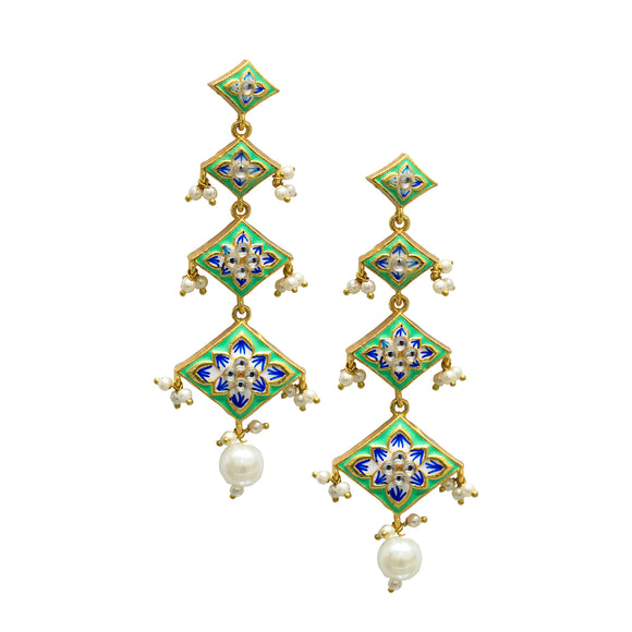 Buy Fashion earrings online. Jhumka Earrings online shopping.