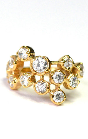 Katarina Ring<br /><i><small>18K Gold Plated with White Topaz</small></i><br /> - Eddera