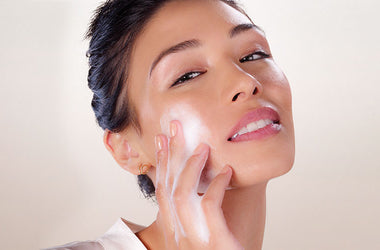 Why clean, tone and moisturise your skin before applying makeup?