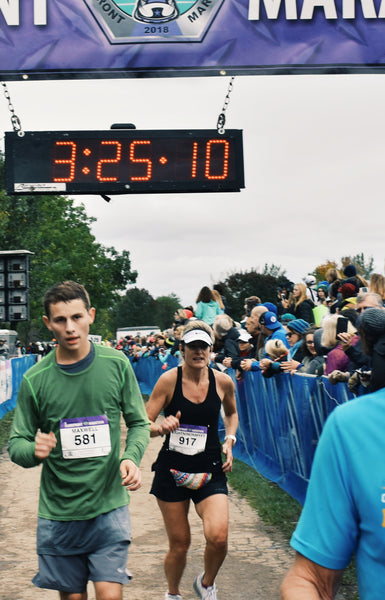 How Using CBD Oil Tinctures Helped Me Train for a Marathon and Get a PR