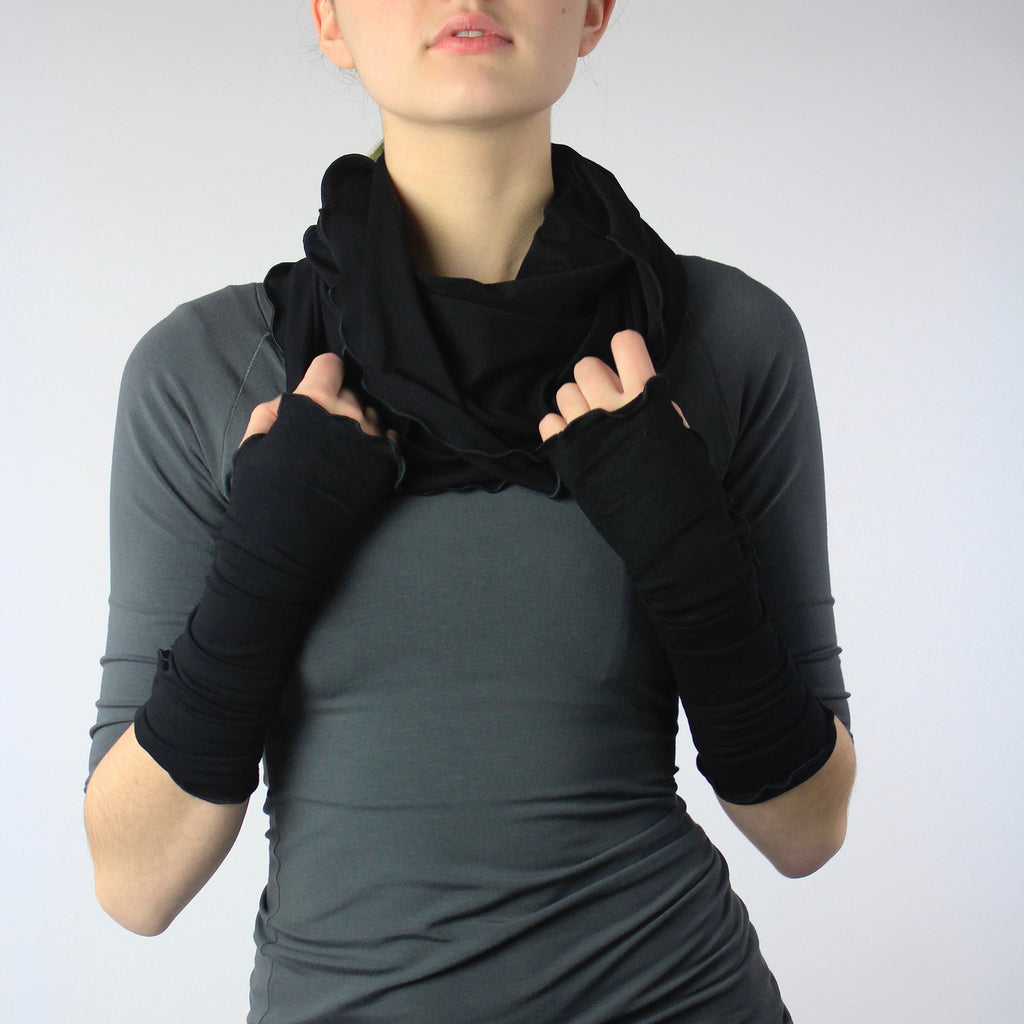 angelrox® essentials. hourglass cowl + opera sleeves in black bamboo