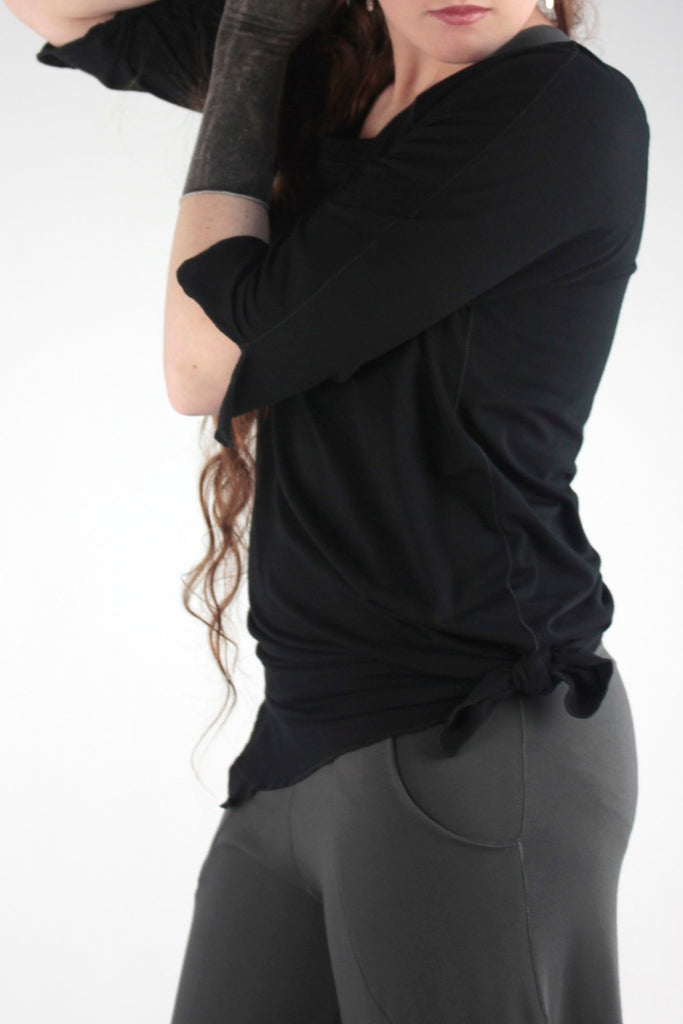 black bamboo diamond tee with ore harlow pant + aria sleeves